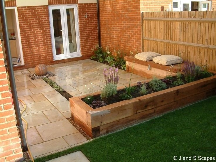 17 Best Ideas About Small Patio Gardens On Pinterest   Flat intended for Garden Patio Ideas For Small Gardens