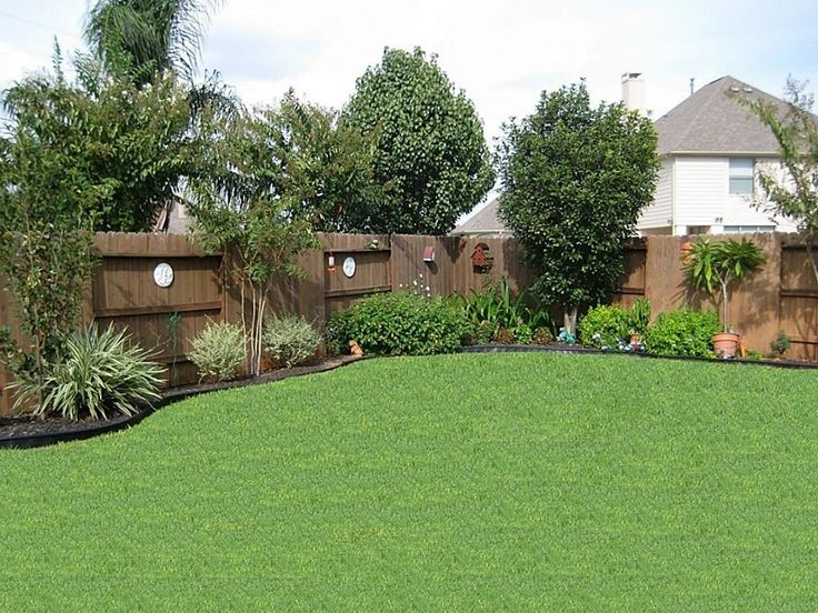 Landscaping ideas for small backyard privacy garden design for Landscaping a small backyard