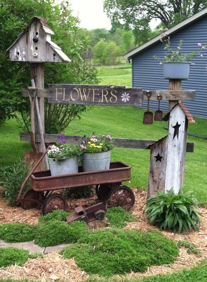 25+ Best Ideas About Country Landscaping On Pinterest   Sunflower within Country Garden Ideas For Small Gardens
