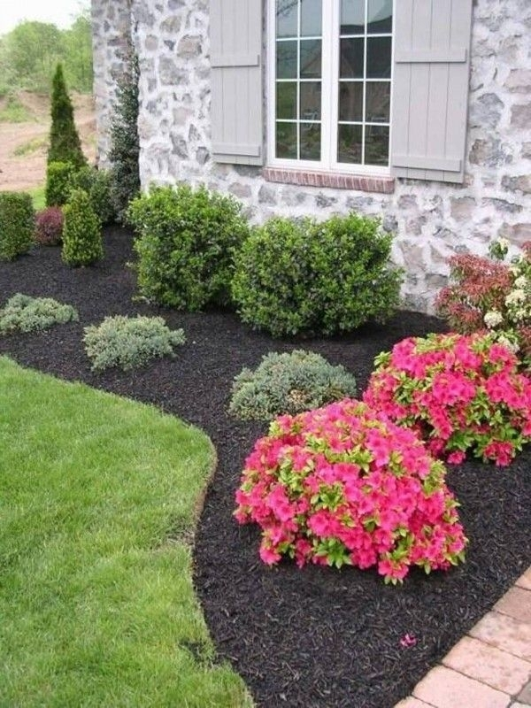 25+ Best Ideas About Front Flower Beds On Pinterest | Flower Beds inside Landscape Ideas For Flower Beds Front Yard