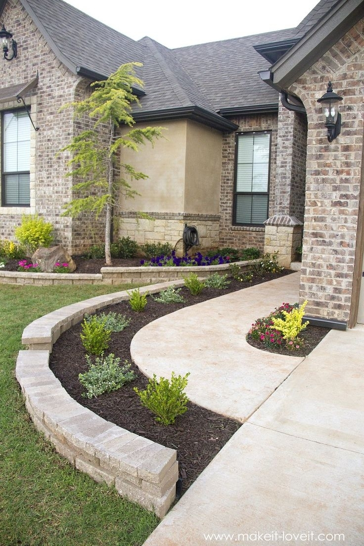 20 gorgeous front sidewalk landscaping ideas for your for Ideas for my front garden
