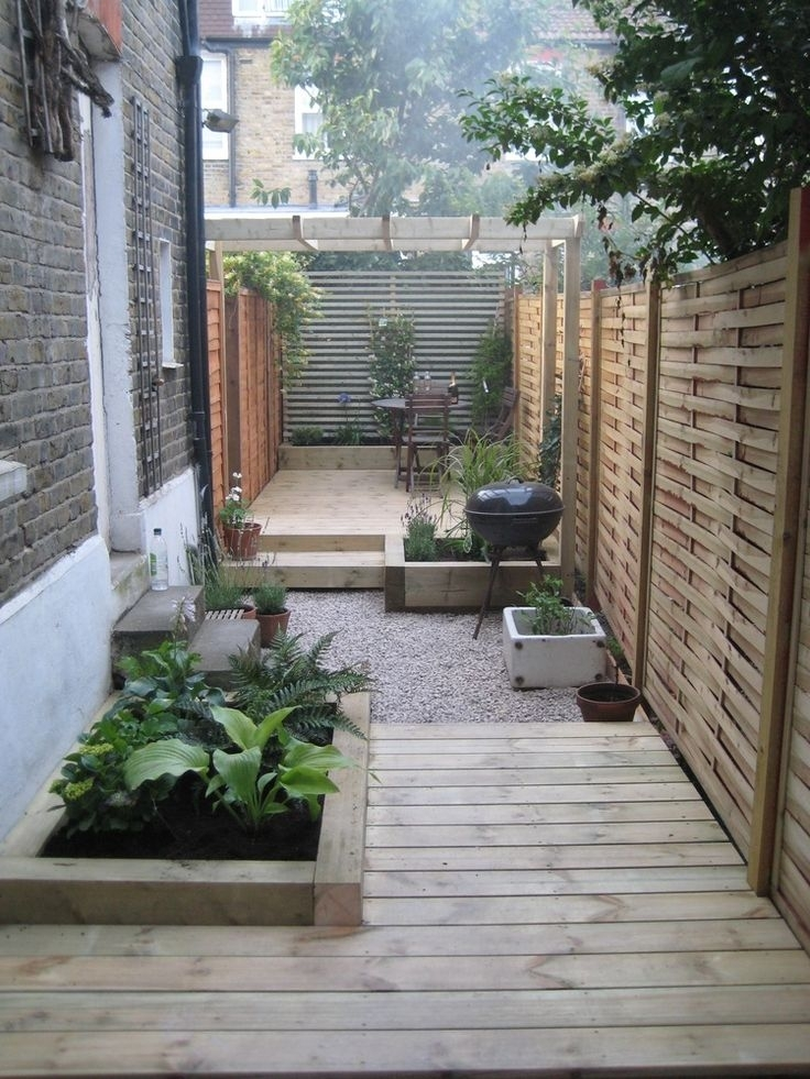 25+ Best Ideas About Small Gardens On Pinterest | Small Garden in Garden Designs For Very Small Gardens