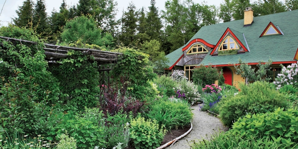 51 Front Yard And Backyard Landscaping Ideas - Landscaping Designs inside Country Garden Ideas For Small Gardens