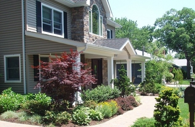 8 Simple Front Yard Landscaping Ideas On A Budget - Worldwide Home regarding Landscape Ideas For Front Yard Simple