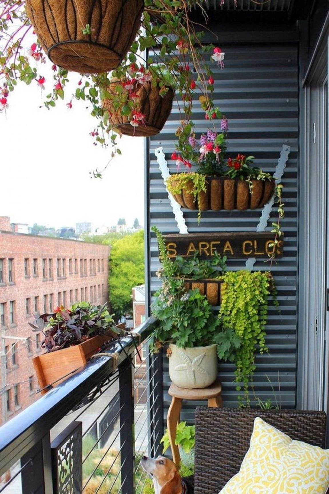 Apartment Decorating Balcony: Small Deck Decorating. for Best Layout For Chelsea Gardens Apartments Design Ideas