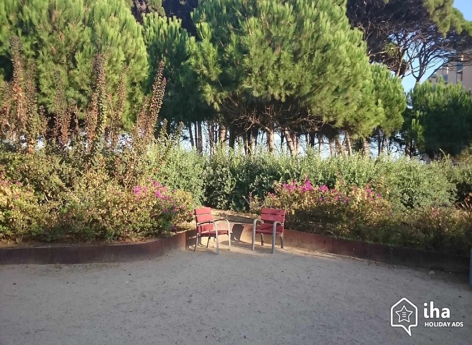 Apartment-Flat For Rent In La Pineda Iha 69613 with Garden On Flat Apartment