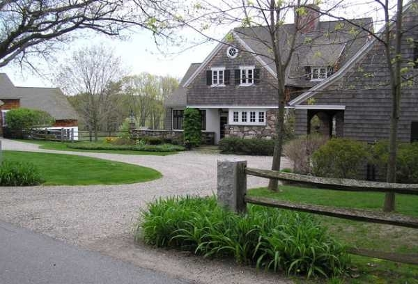 Charming Country Home Driveways, Natural Driveway Landscaping Ideas inside Landscaping Ideas Front Yard Country Home