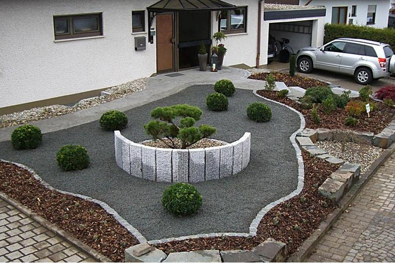 low cost landscaping ideas for small front yards garden design. Black Bedroom Furniture Sets. Home Design Ideas