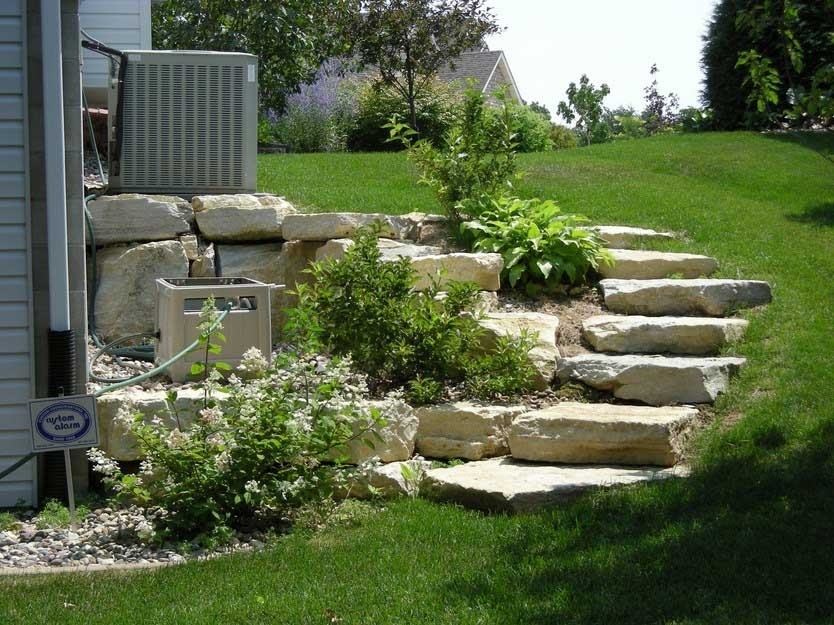 Landscaping Ideas For Front Yard Hill Garden Design - Backyard hill landscaping ideas