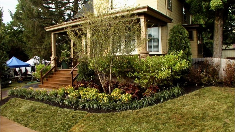 Front Yard Landscaping Ideas | Diy throughout Landscaping Ideas Front Yard Country Home