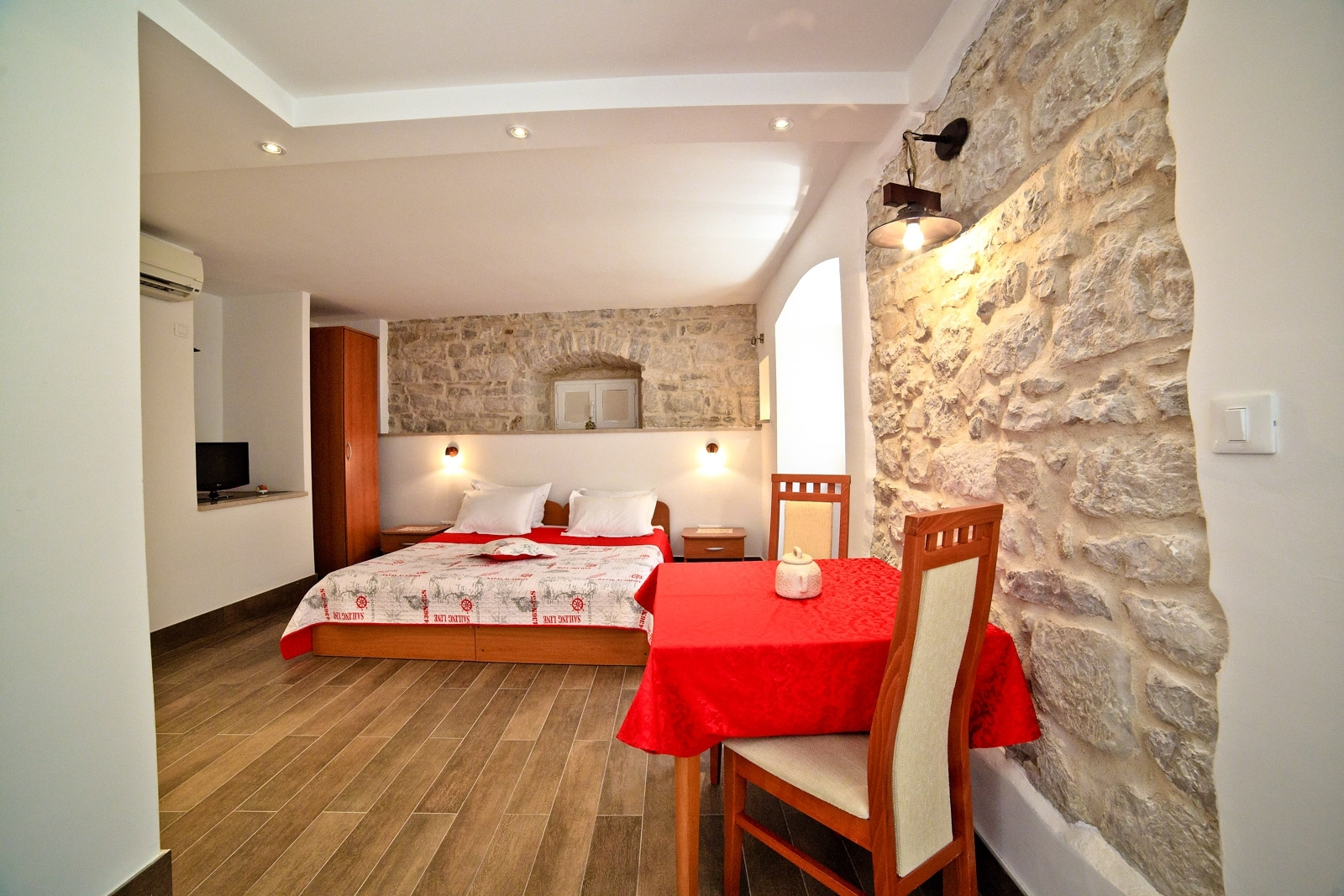 Garden Apartment Hotel In City Split Croatia pertaining to Garden Apartment Hotel Split