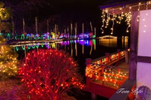Holiday Light Show - Rotary Botanical Gardens in Rotary Garden Light Show Janesville Wi