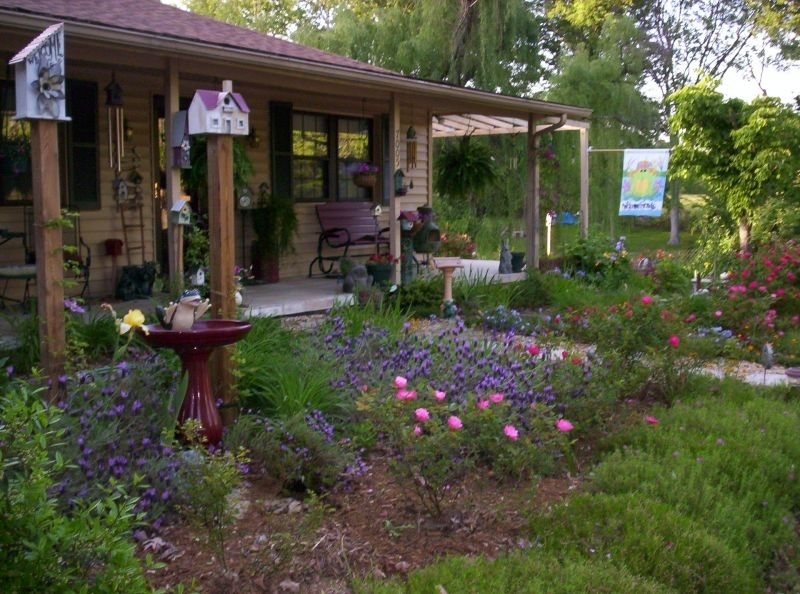 House Of Landscaping Ideas For Front Entrance | Garden Design with regard to Landscaping Ideas Front Yard Country Home