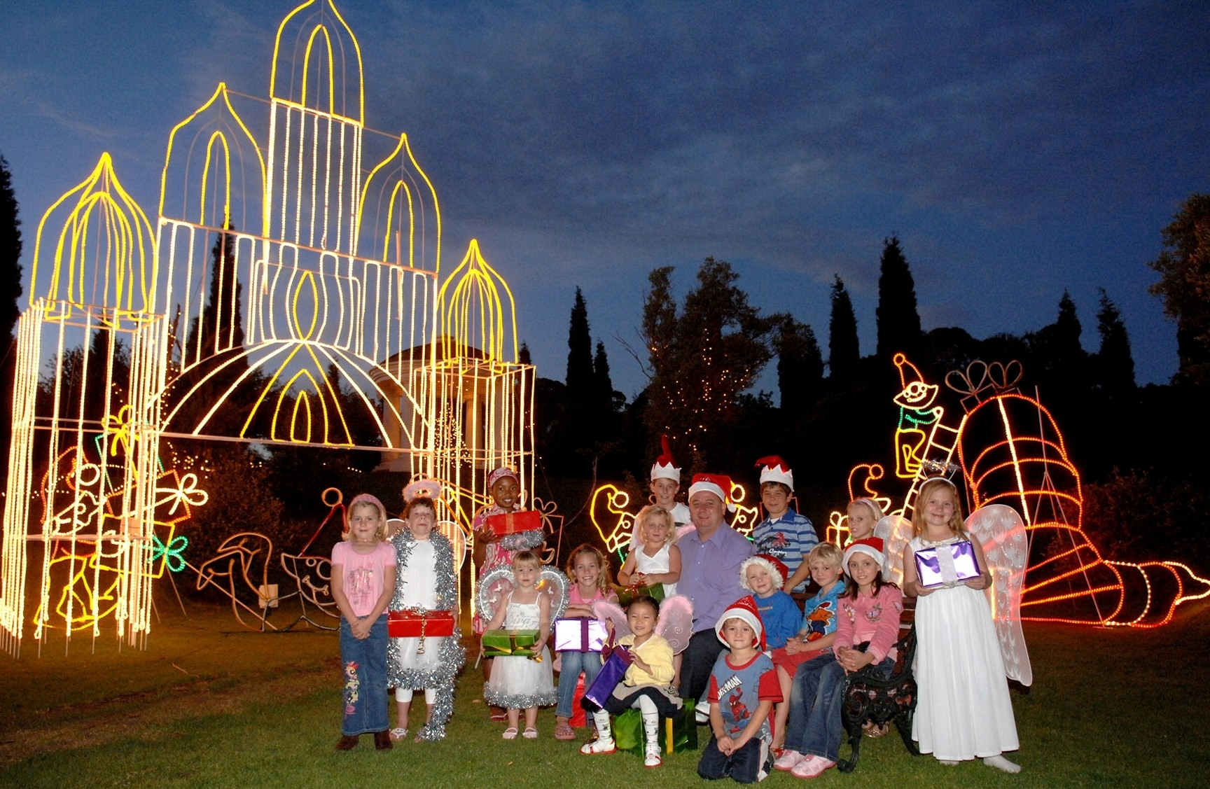 Peermont | Press Room | Celebrate The Festive Season With The throughout Garden Of Light At Emperors Palace
