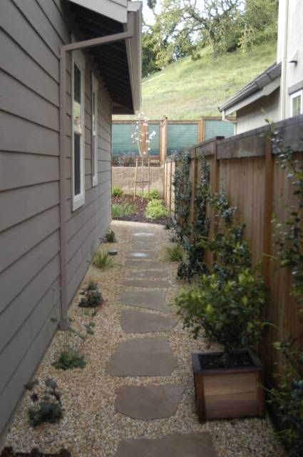 25+ Best Ideas About Side Yard Landscaping On Pinterest | Front in Landscaping Ideas For Narrow Side Yard