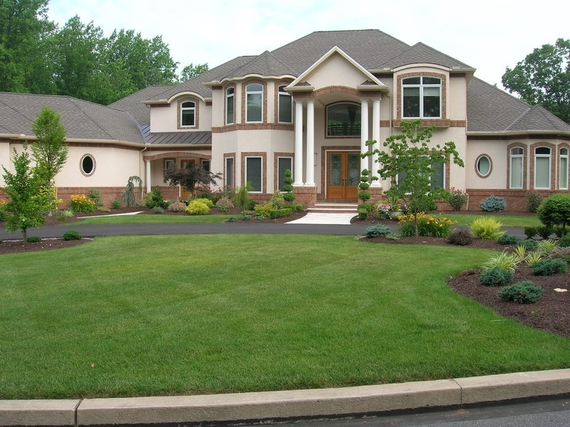 28 Gorgeous Landscape Ideas For Front Yard Colonial Home – Thorplc in Landscaping Ideas For Front Yard Of Colonial