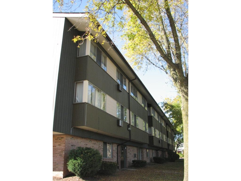 8517 West Grantosa Drive · Apartment | Rentler regarding Hampton Garden Apartments