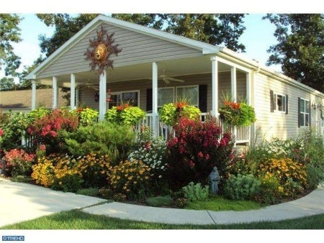 9 Beautiful Manufactured Home Porch Ideas | Beautiful, Decks And Infos with regard to Landscaping Ideas For Front Yard Of A Mobile Home
