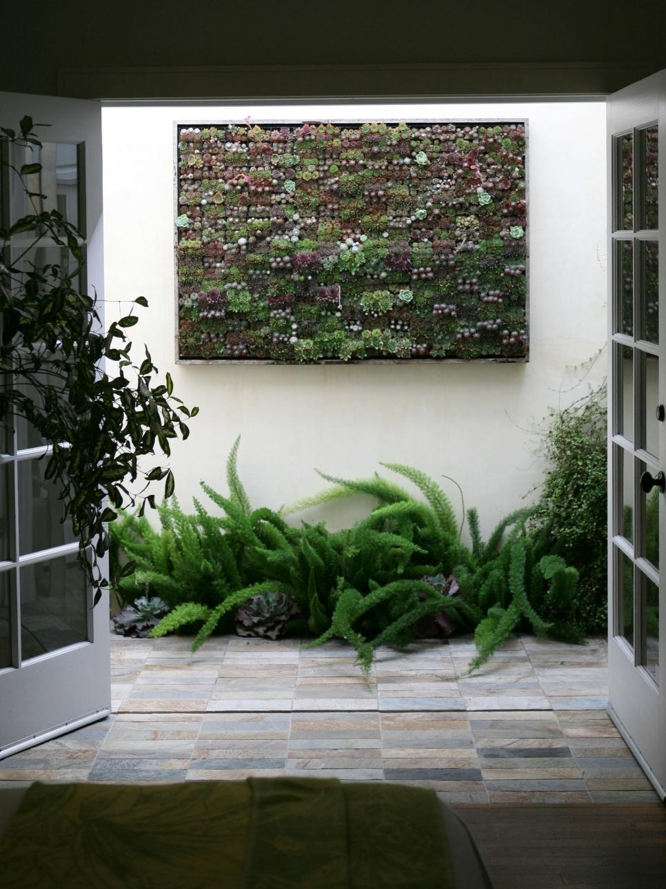 Amazing Outdoor Walls And Fences   Hgtv pertaining to The Best Ideas For Garden Villa Apartments