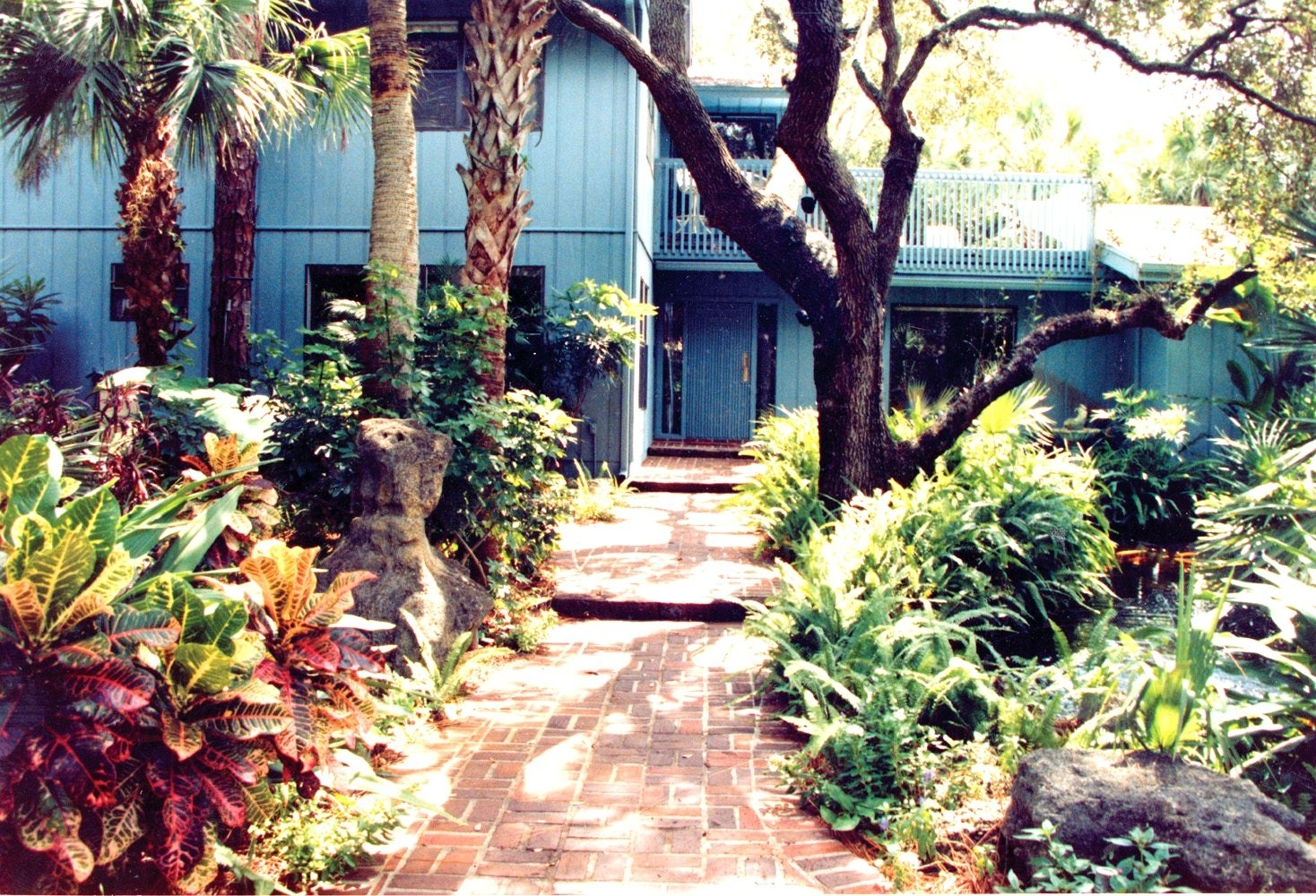 Garden Designs For Small Gardens East Apartments Palm Beach in Gardens East Apartments