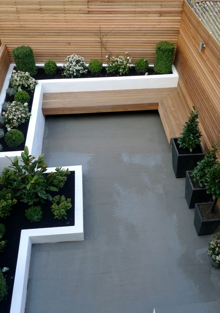 Landscaping Ideas For Small Square Gardens - Garden Design on Small Square Patio Ideas id=73869