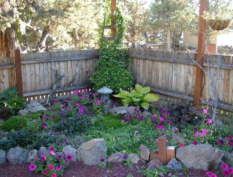 Small-Shade-Garden-Design-Ideas-With-Rock-Edging-For-Plans-Corner within Garden Design For Small Shady Gardens
