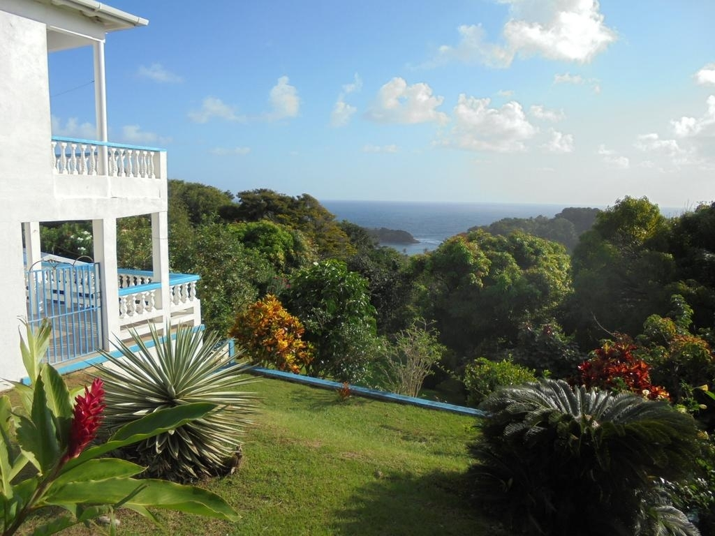 Sunrise Garden Apartments, Calibishie, Dominica - Booking in Sunrise Gardens Apartments