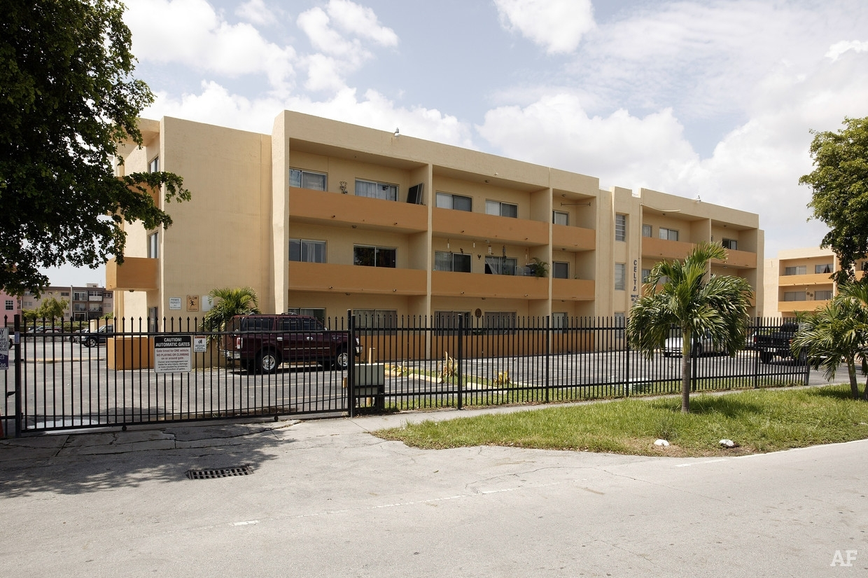 Westland Gardens East - Hialeah, Fl | Apartment Finder pertaining to Gardens East Apartments