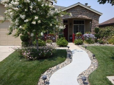 25+ Best Front Walkway Landscaping Ideas On Pinterest | Sidewalk intended for Landscaping Ideas For Front Yard Walkway