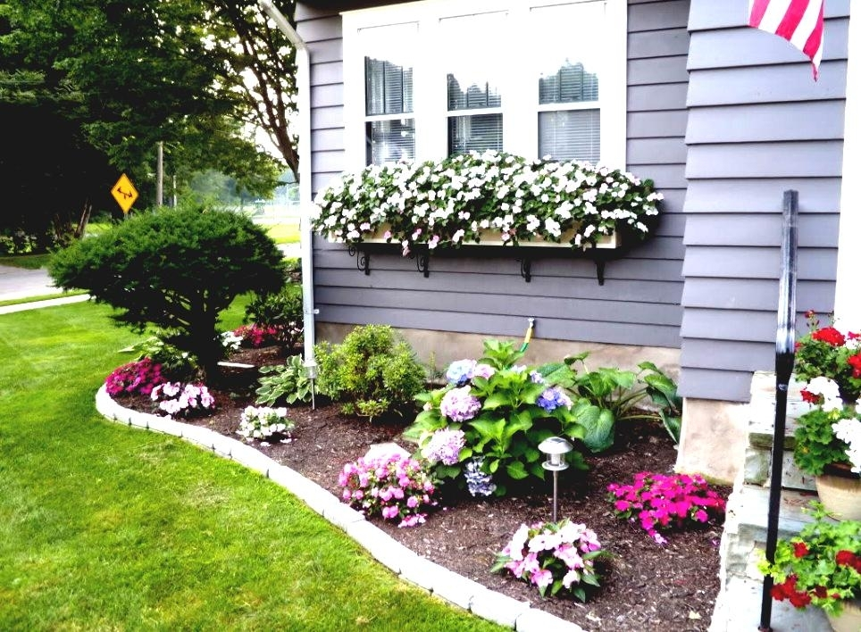 Flower Bed Ideas For Front Of House Back Front Yard Landscaping inside Landscaping Ideas For Small Flower Gardens