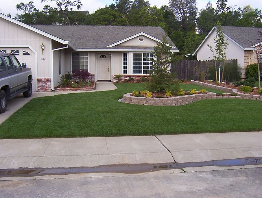 Ideas To Decorate The Outside Of A Ranch Style Home In Miami regarding Landscaping Ideas For Small Ranch Style Homes Front Yard