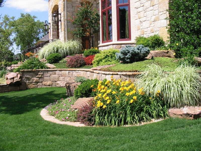 Landscaping Ideas For Front Yard On A Hill - Best Garden Reference in Landscaping Ideas For Front Yard With Hill