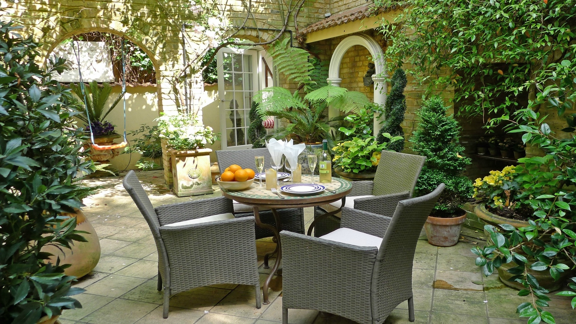 London Vacation Rentals - Search Results - London Perfect pertaining to Courtyard Garden Apartments
