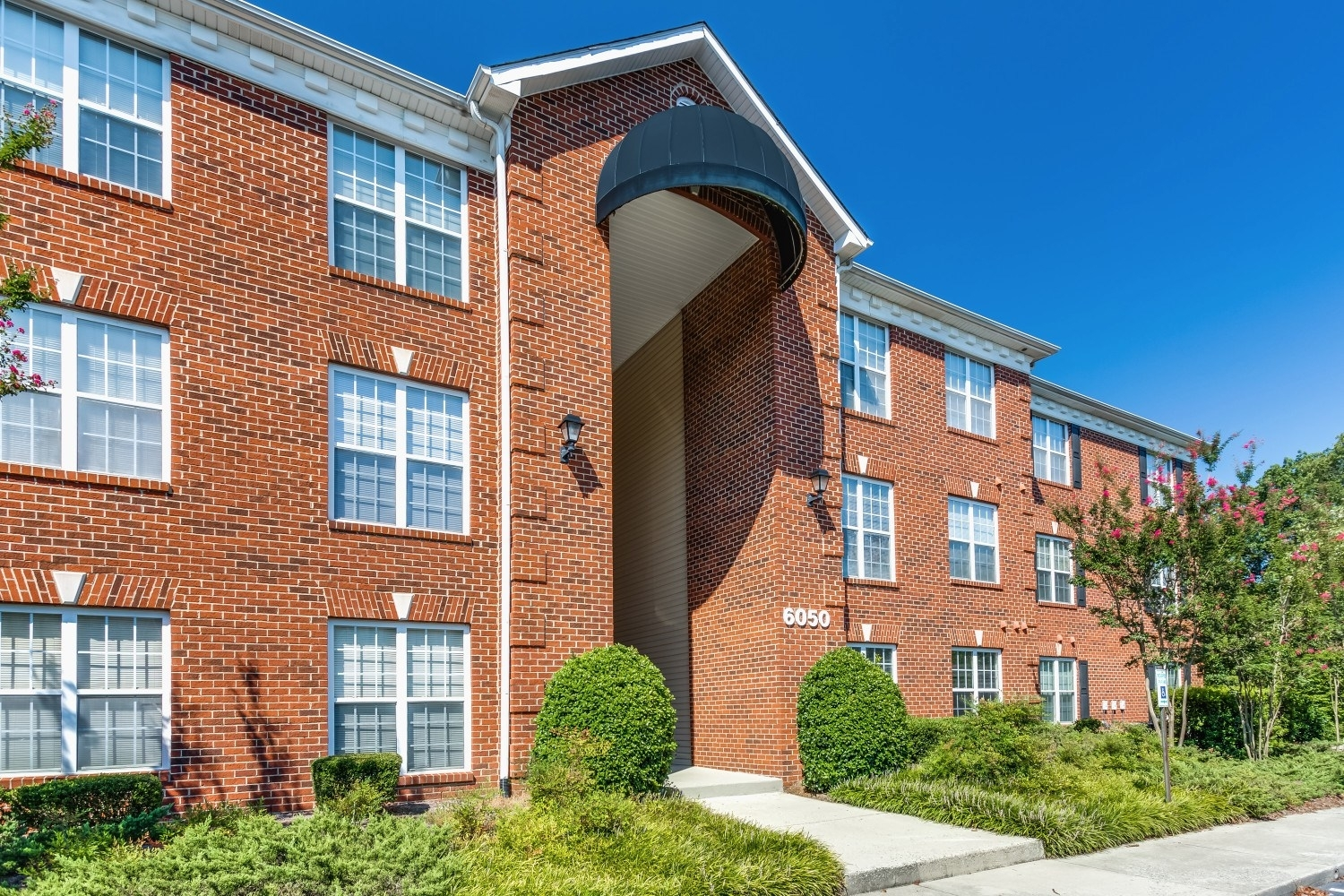 Photos Of Laurel Springs In High Point, Nc within Laurel Gardens Apartments