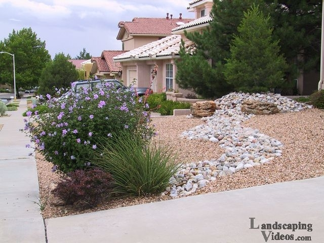 Top 25+ Best Small Front Yards Ideas On Pinterest | Small Front in Desert Landscaping Ideas For Small Front Yards