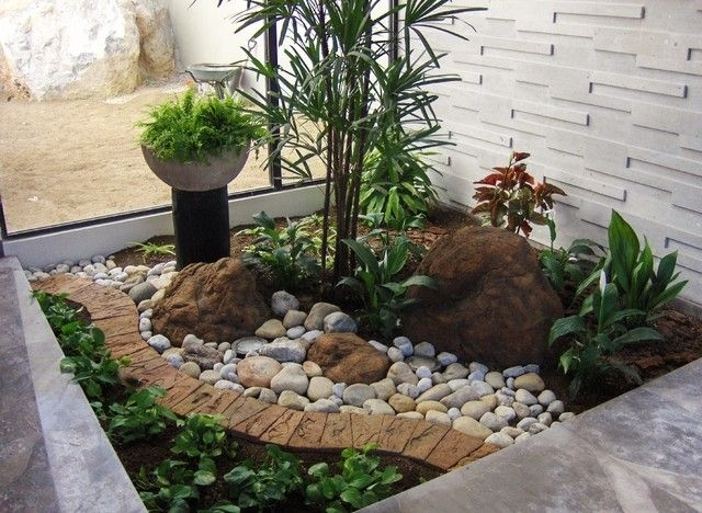 Top 25+ Best Small Front Yards Ideas On Pinterest   Small Front pertaining to Rock Garden Designs For Front Yards