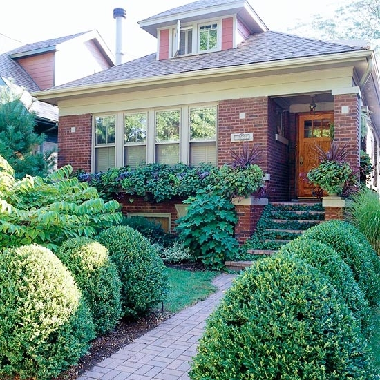 28 Beautiful Small Front Yard Garden Design Ideas - Style Motivation with Garden Design For Small Front Yard