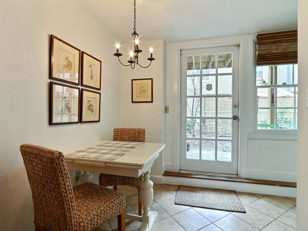 Amazing Garden Level Apartment In The Heart Of Downtown!, Savannah for Garden Level Apartment
