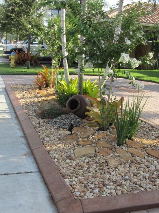 Best 20+ Rock Yard Ideas On Pinterest | Yard, Rock Pathway And throughout Landscaping Ideas For Front Yard With Rocks