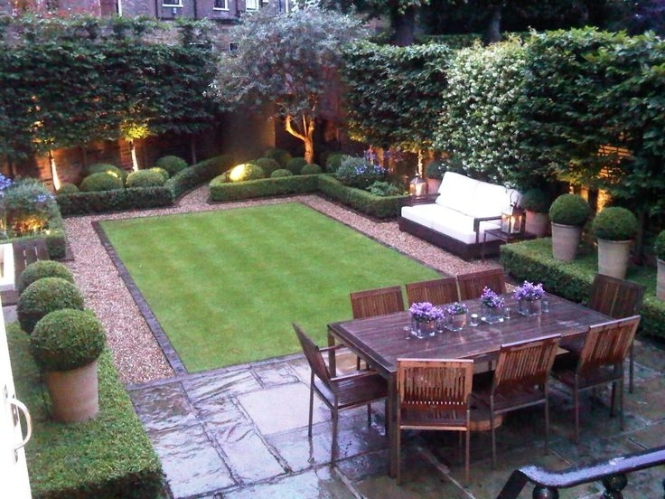 Garden design ideas for small triangular gardens garden for Garden designs for triangular gardens