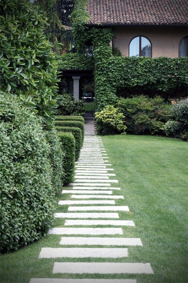 Best 25+ Garden Pavers Ideas On Pinterest | Flagstone Pavers Within Paving  Designs For Small