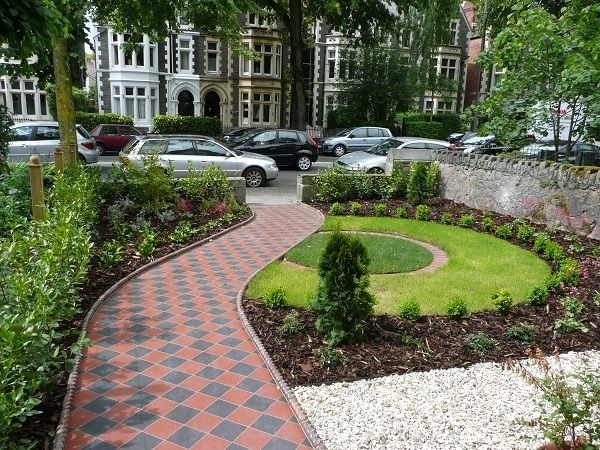 Best 25+ Small Front Gardens Ideas On Pinterest   Front Gardens with Garden Design Ideas For Small Front Yards