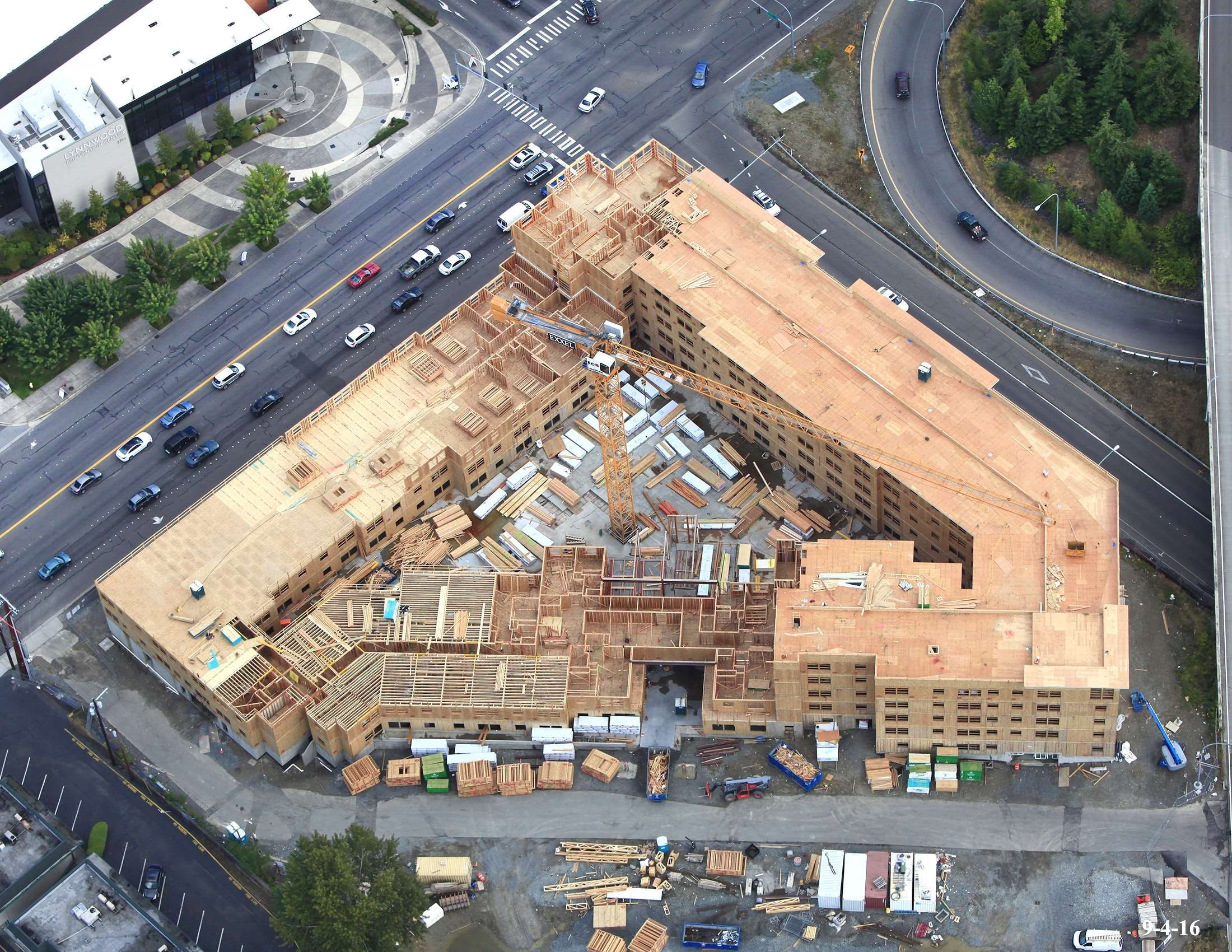 Citycenter+Apartments+Construction+2016-09-04 for Lynnwood Garden Apartments