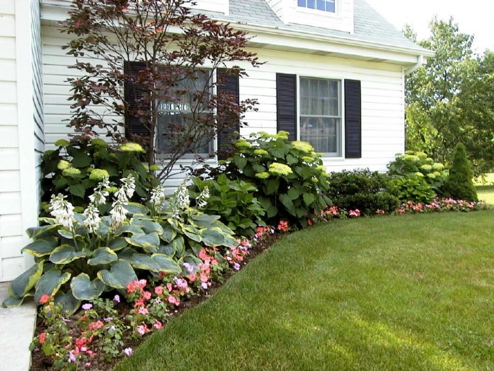 Front Yard Landscaping Ideas For Ranch Style Homes in Landscaping Ideas For Front Yard Window