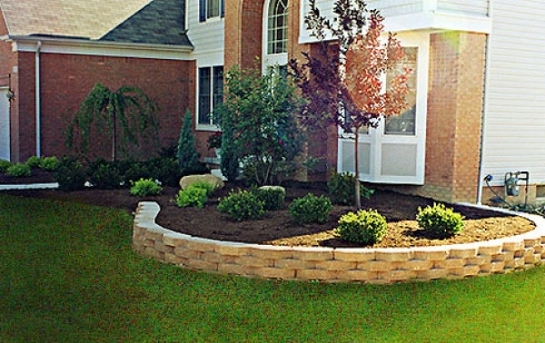 Landscape Design Retaining Wall Ideas   Home Interior Design in Landscaping Ideas For Front Yard Retaining Wall