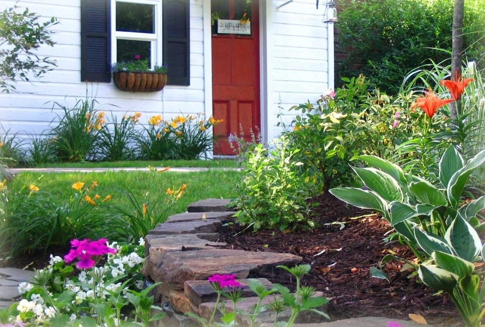The Some Example Landscape Ideas For Small Front Yard | Front Yard within Landscaping Ideas For A Small Front Garden