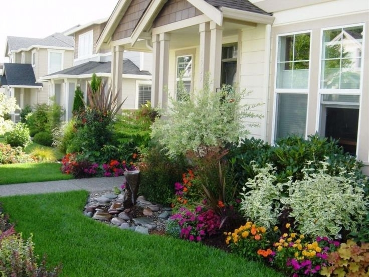 Top 25+ Best Small Front Yard Landscaping Ideas On Pinterest intended for Simple Garden Ideas For Small Front Yard