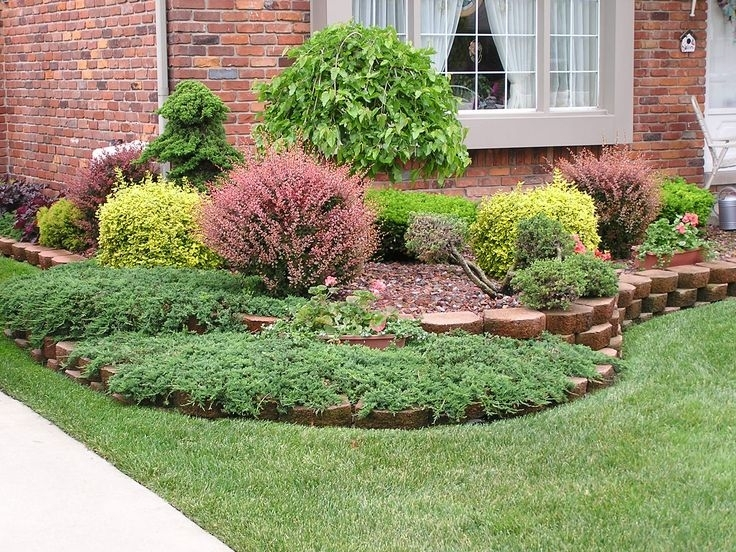 Top 25+ Best Small Front Yard Landscaping Ideas On Pinterest intended for Simple Landscaping Ideas For A Small Front Yard