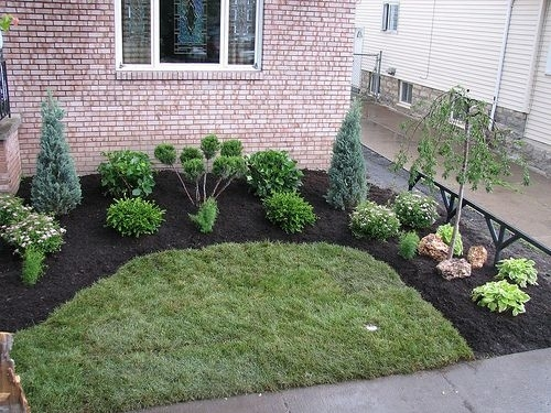 Top 25+ Best Small Front Yard Landscaping Ideas On Pinterest with Landscaping Ideas For Small City Front Yards
