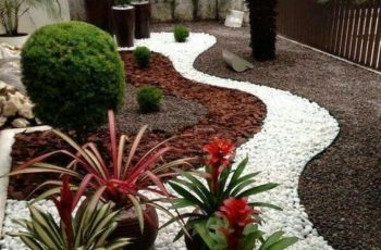 Top 25+ Best Small Front Yards Ideas On Pinterest   Small Front with Garden Design Ideas For Small Front Yards